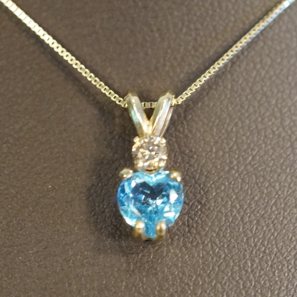 Jewelry - 14KY Gold Genuine Topaz & Diamond Pendant W/Chain
